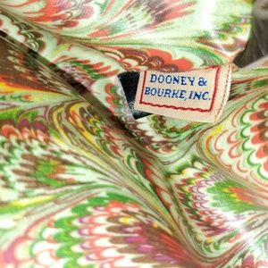 Bags - Vintage Dooney & Bourke Barrel Bag
